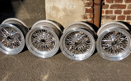 116: A SET OF 4 BORRANI WHEELS