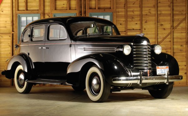 203: 1937 Oldsmobile Sedan