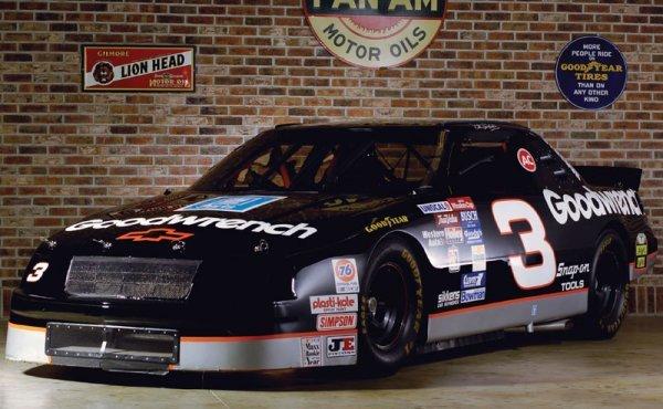 221: 1994 Chevrolet Lumina NASCAR Winston Cup Car