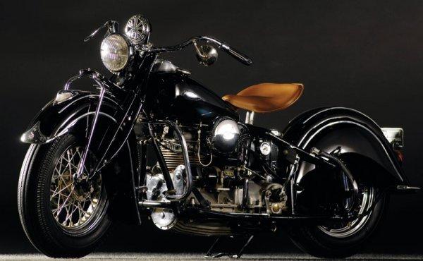 224: 1940 Indian 10E Inline Four