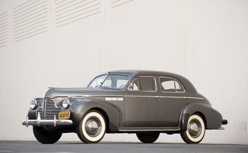 110: 1940 Buick Super Eight Sedan