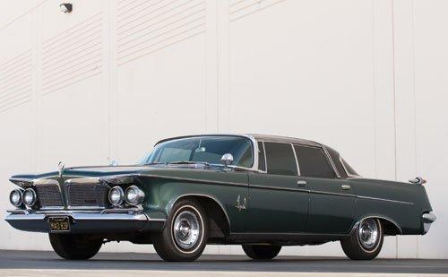114: 1962 Chrysler Imperial Sedan