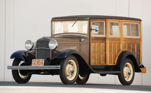 121: 1932 Ford Model B Woodie Station Wagon