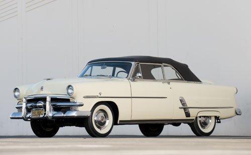 124: 1953 Ford Crestline Sunliner Convertible