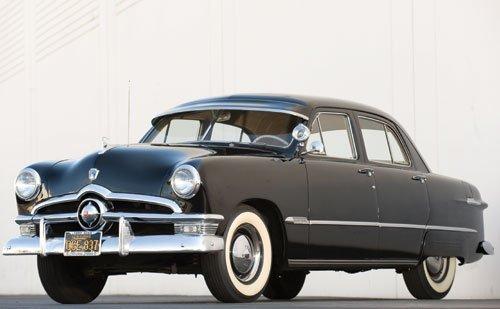 302: 1950 Ford Custom Fordor Sedan