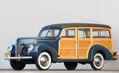 334: 1940 Ford Deluxe Station Wagon