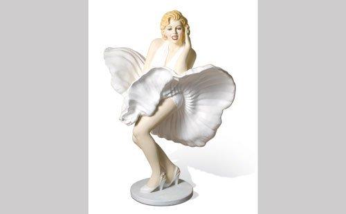 3016: Marilyn Monroe Lifesize Figure