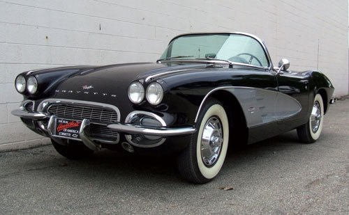 218: 1961 Chevrolet Corvette Roadster