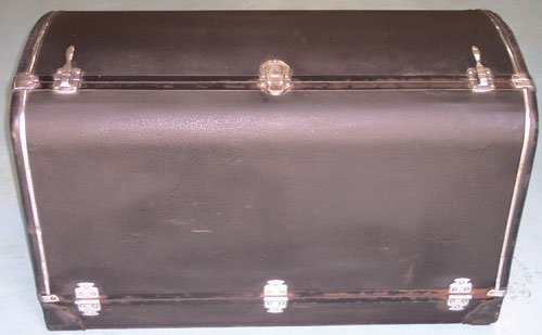 101: Mid-1930s Packard Trunk