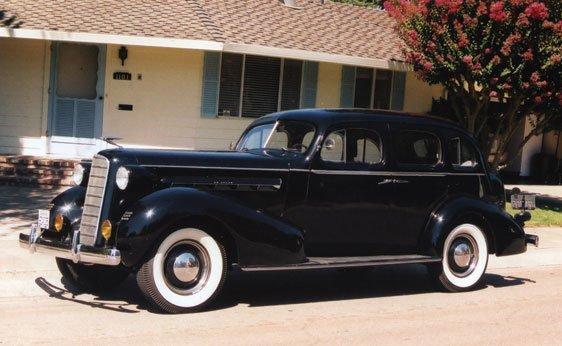 110: 1936 LaSalle Five-Passenger Sedan