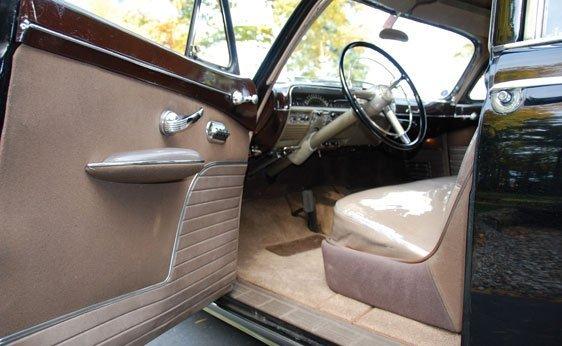 205: 1950 Lincoln Cosmopolitan Four-Door Sport Sedan - 3