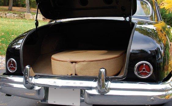 205: 1950 Lincoln Cosmopolitan Four-Door Sport Sedan - 6