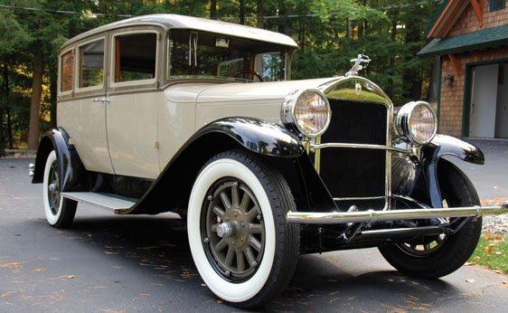 217: 1928 Pierce-Arrow Model 81 Five-Passenger Sedan
