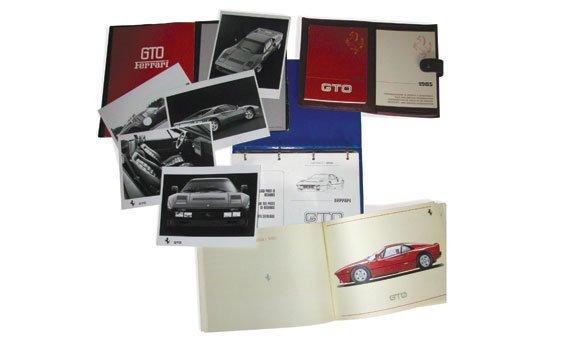 113: SELECTION OF FERRARI 288 GTO DOCUMENTS
