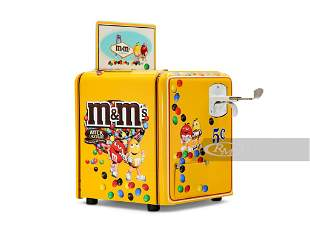 M&M's-Themed Mills Vest Pocket Slot Machine