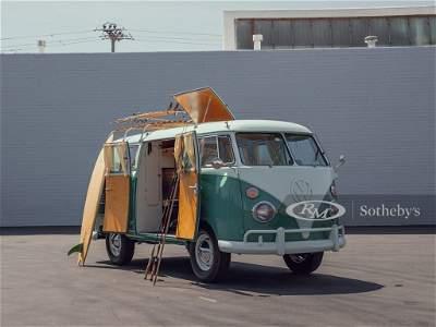 1962 Volkswagen Type 2 Westfalia Camper