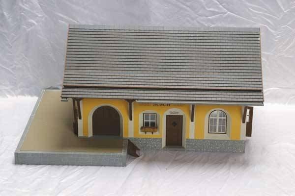 "0004: Pola Accessory 999 ""Susch Station"" building k"