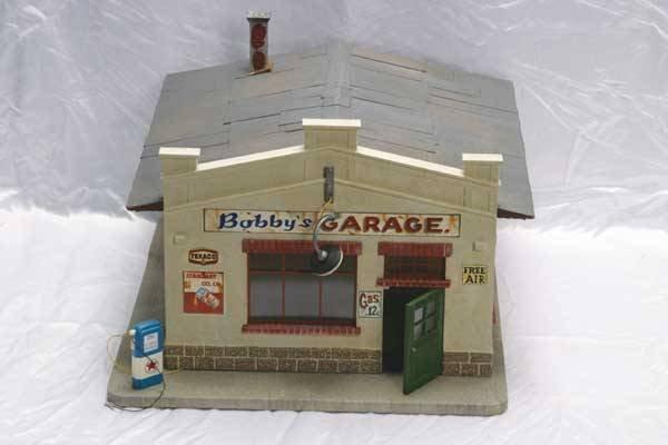 "0005: Pola Accessory 1931 ""Bobby's Garage"" building"