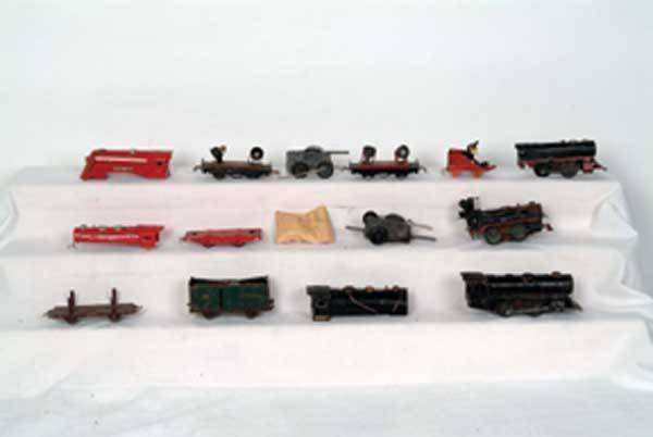 0017: Other/Lionel Locomotive/Freight Cars/Parts As