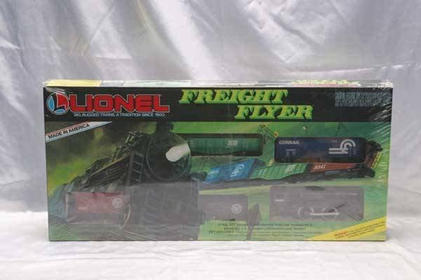 0205A: Lionel Train Set 1687 Lionel Freight Flyer set.