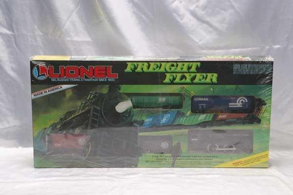 0205B: Lionel Train Set 1687 Lionel Freight Flyer set.