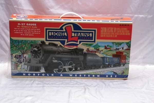 0209: Lionel Train Set 21917 N&W freight set.
