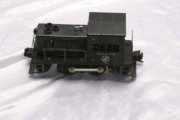 0214: Lionel Locomotive 41 US Army diesel switcher (Pos