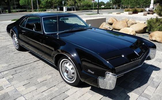 207: 1966 Oldsmobile Toronado Coupe