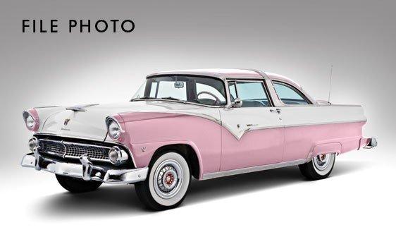 103: 1955 Ford Fairlane Crown Victoria