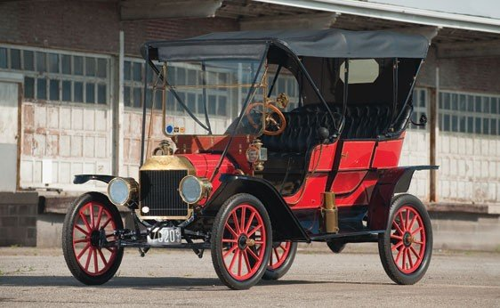 112: 1909 Ford Model T Aluminum-Bodied Touring Car