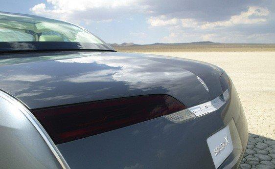 133: 2004 Lincoln Mark X Concept - 5