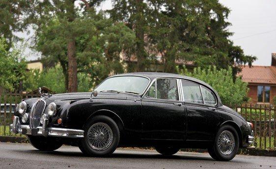 103: 1963 Jaguar Mk II by Vicarage