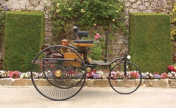 111: 1886 Benz Patent Motorwagen Replica - 5