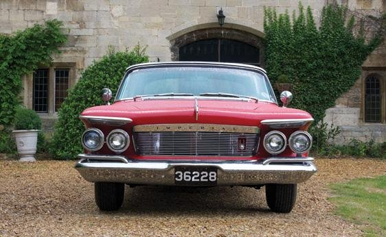 124: 1961 Chrysler Imperial Crown Convertible - 8