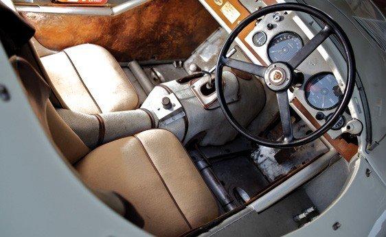 153: 1952 Jaguar C-Type - 4