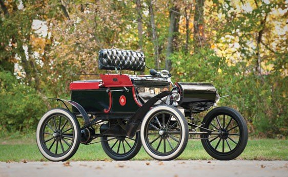 115: 1903 Oldsmobile Model R Curved-Dash Dos-a-Dos Runa