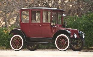 158: 1919 Rauch & Lang Double Drive Electric Coach