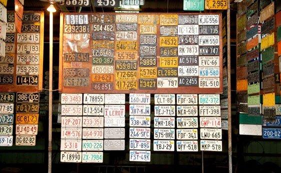 6025: Texas License Plates