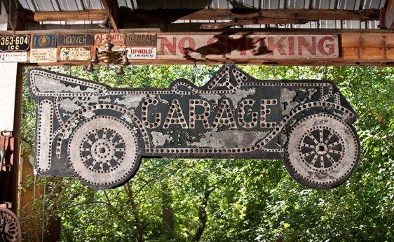7150: Garage Sign