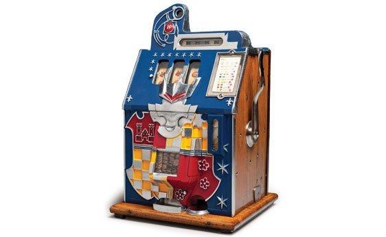 "292:  c. 1938 Mills Penny ""Coat of Arms"" Slot Machine"