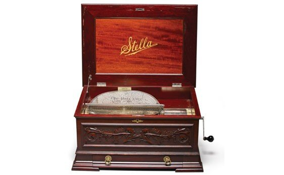 702: Stella 17.25-Inch Disc Music Box