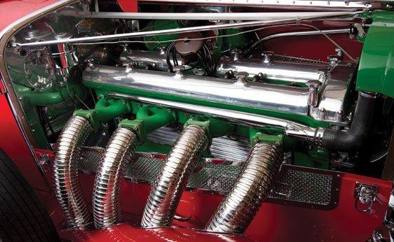819: 1930 Duesenberg Model J Convertible Sedan - 4