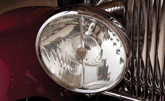 819: 1930 Duesenberg Model J Convertible Sedan - 6