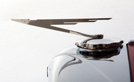 819: 1930 Duesenberg Model J Convertible Sedan - 7