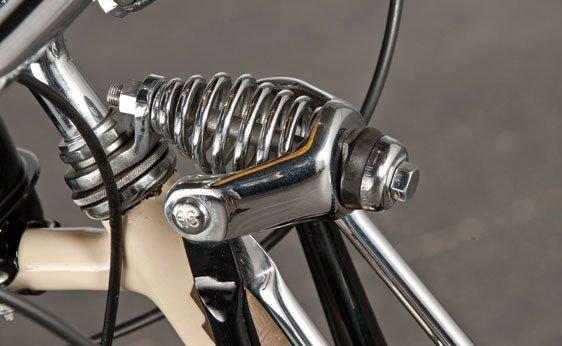837: 1947 Whizzer Motorbike - 10
