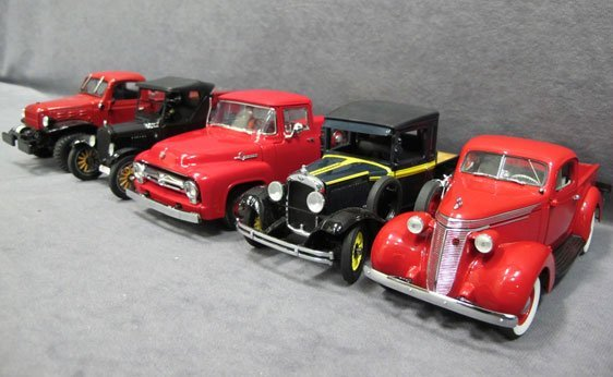 327N: Five (5) 1/24 Scale Danbury Mint Cars