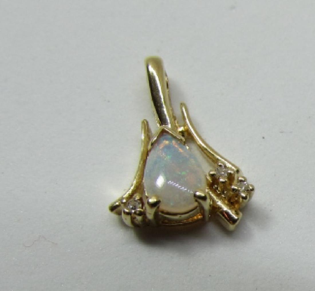 OPAL DIAMOND 14K GOLD NECKLACE PENDANT