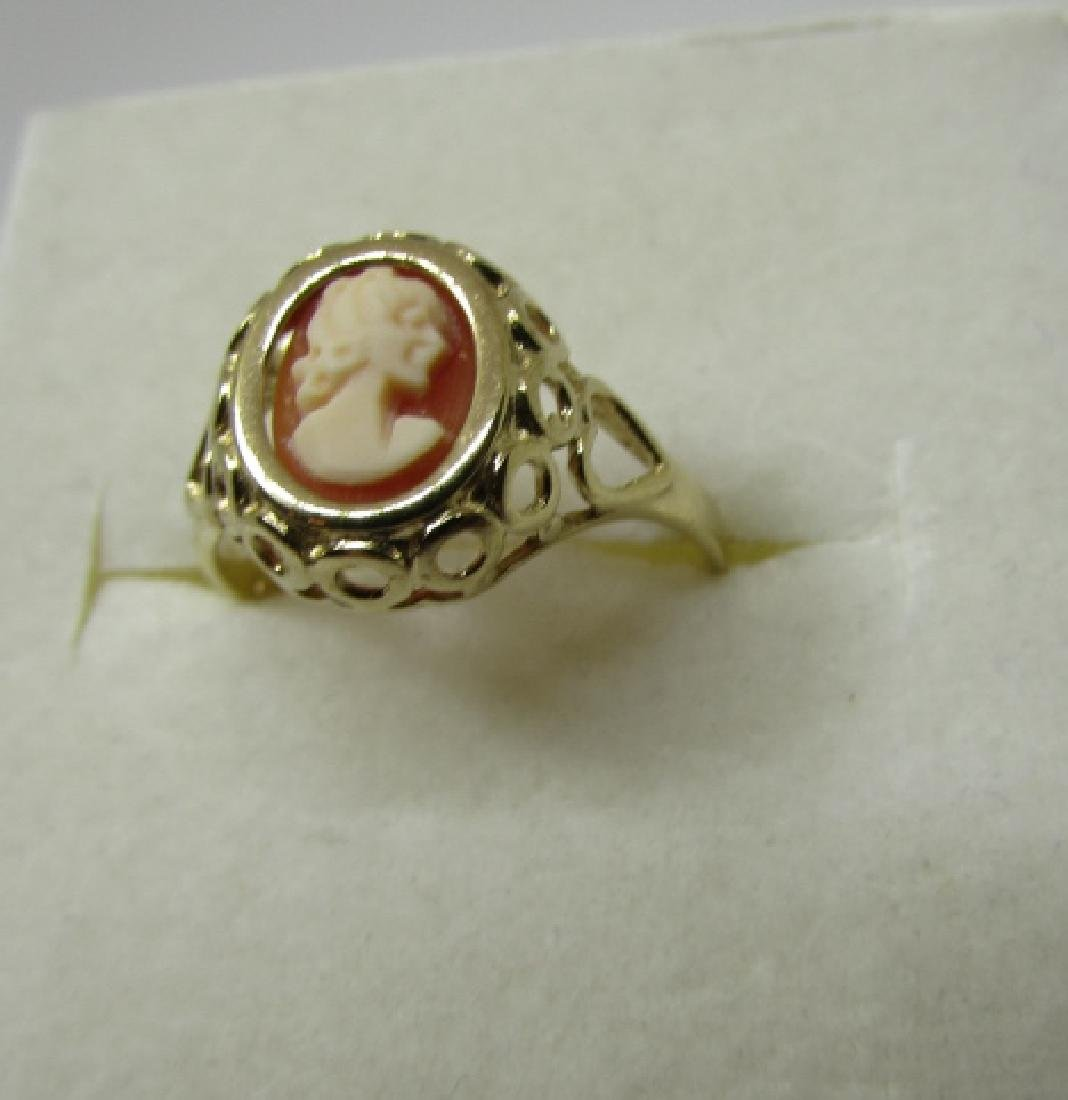 CAMEO RING HALLMARKED 375 GOLD 9K SIZE 6