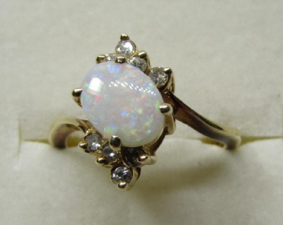 1CT OPAL & DIAMOND RING 14K GOLD SIZE 6