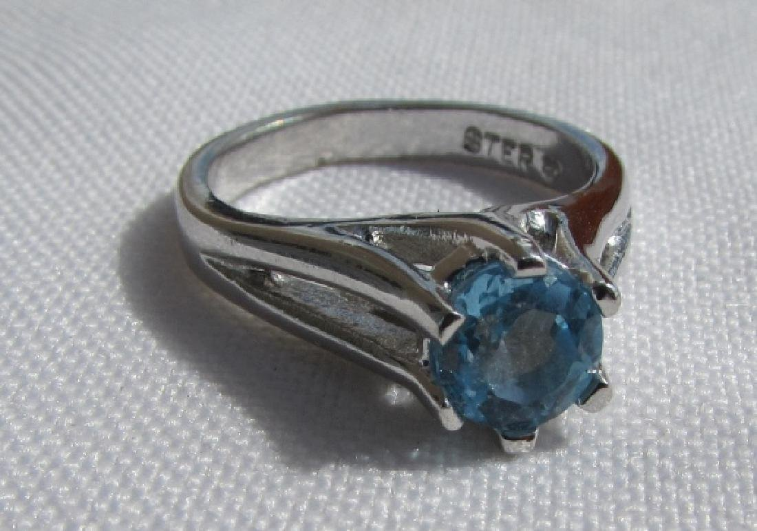 GENUINE BLUE TOPAZ RING STERLING SILVER SIZE 6